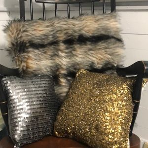 Other - Set of three throw pillows